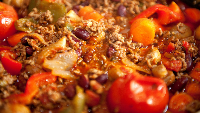 chunky-chili-cooking