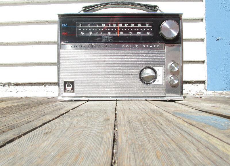 classic-old-radio