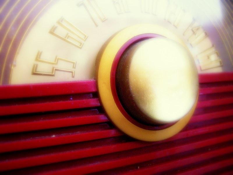 radio-dial-2