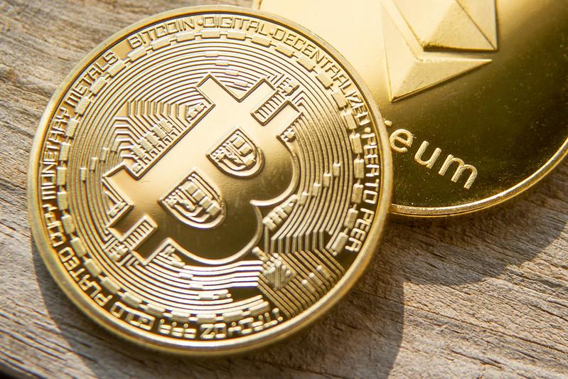 bitcoin-vs-ethereum